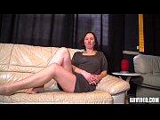 Женщина с больой грудью из зайцев 1