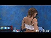 Парень мастурбирует на грудь девушки