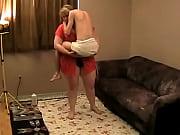 Симпатичная молодая тетя с большими сиськами трахается с плимянником
