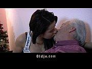 Парень трахает девушку эротично и жестко фото