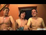 Секси тёлка с большими сиськами видео