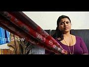 Видео жена стерва заставляет мужа лизать письку и писюн