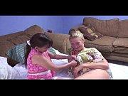 Смотреть порнотрахнул в жопу дочь