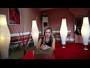 Две русские лесбияночки трахаются с вибратором онлайн