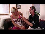 Смотреть онлайн порно инцест мать соблазнила сына и тот ее трахнул