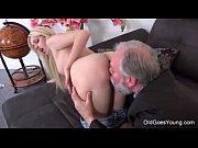 Порно очень красивые трансы трахаются