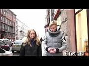 Порно видео 2 девки парень