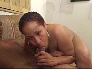 Порно девушка ебет парня онлайн