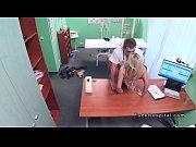 Сперма капает с пожилой пизды видео