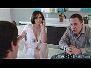 Порно видео с женой в групповухе