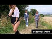 Девушки в мокрых купальниках видео