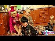 Смотреть секс ролики ибут пьяных девушек кавказцы