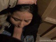 Девушку ограбили и очень жестоко трахнули видео смотреть