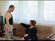 Сын трахнул секси тетю в чулках