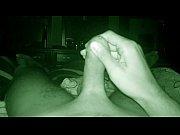 Девушка высовывает матку видео