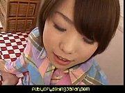Видео девушки со спушеными трусиками