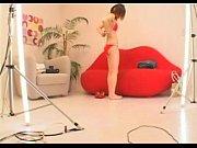 Порно ролики зрелых женщин на диване