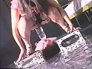 Анжелина жоли скрыти камерыи ваннада голлая видео