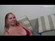 Смотреть сын подглядывает за мамой
