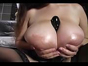denise davies big tits girl takes it up her bi…