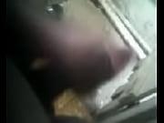 Маструбация в ваной в контакте скрытой камерой