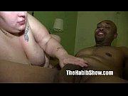 Секс видео две подруги в ванной