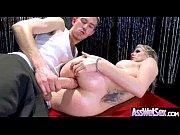 Видео госпожа душит раба сидя на лице