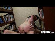 Огромная упругая задница порно