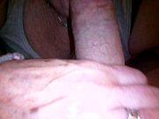 Порновидео трансы кончают себе в рот