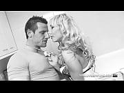 Смотреть русское порно сестра сделала массаж младшему брату