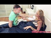 Молодая мамаша трахается с сыном видео