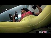 Видео уборка в халате на голое тело