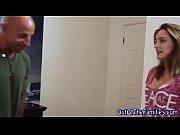 опытная дама совратила сантехника русское видео