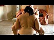 Смотреть онлайн порно инцест сын выебал грамодные дойки мамы пока т