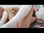 Длинный дилдо ввести в анус на сколь чтобы не порвать кишку