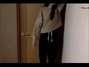 Азиатка трахается в отеле