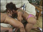 Порно моя голая соседка по комнате