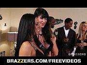 Видео секс ласки женской груди толпой мужиков