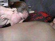 Порно иама спит с фолосом в жопе