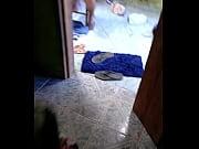 Девушки со скрещенными ногами скрытой камерой онлайн видео