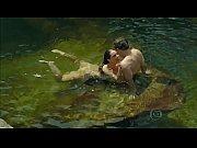 Paolla Oliveira nadando pelada em Felizes Para ...