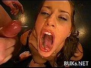 Порно во время массажа вибратором