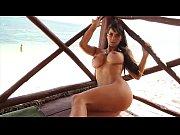 carol dias nua pelada na revista kinky de ... Naked boobs