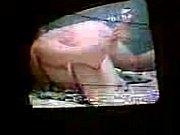 Видео как мама ходит перед сыном голая