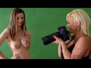 Русское порно видео молодая красивая тётя в чулках совратила родного племяшу