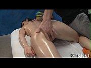 Смотреть порно как девка ебет парня