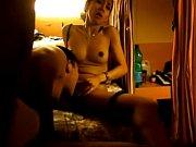 Секс видео транс малого роста сосет и глотает сперму