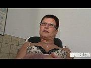 Молодая русская жена застала мужа с любовницей и присоединилась к ним