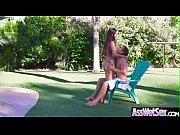 Парень жестко трахает маму своей девушки видео