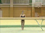 Lavinia - Topless Gymnastics